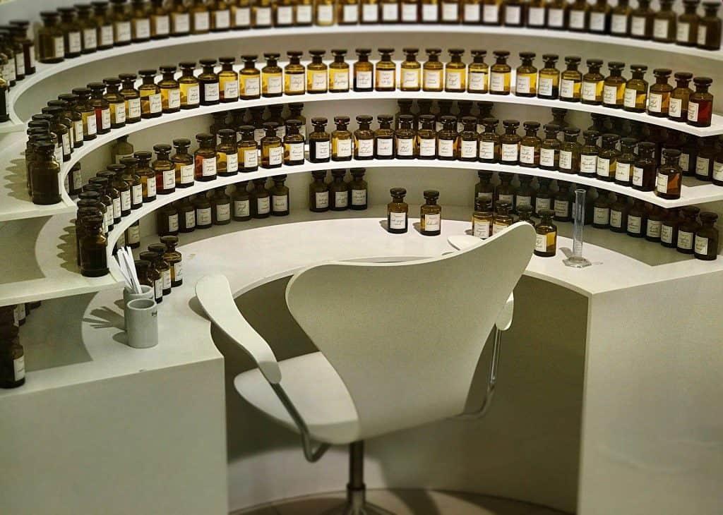 Fragrance decants: Samples